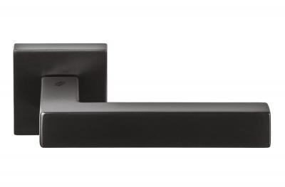 Дверная ручка Ellesse Grafite Mat на розетке с матовой отделкой темного цвета от Colombo Design