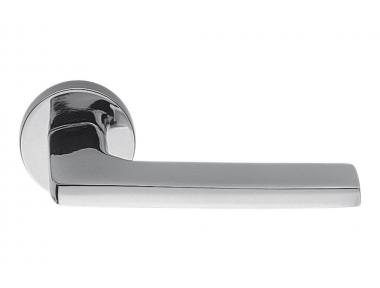 Полированная хромированная дверная ручка Gira на розетке Идеально подходит для архитектора от Colombo Design